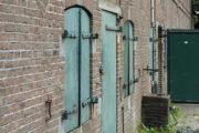 Fort ruigenhoek gebouw luiken deur